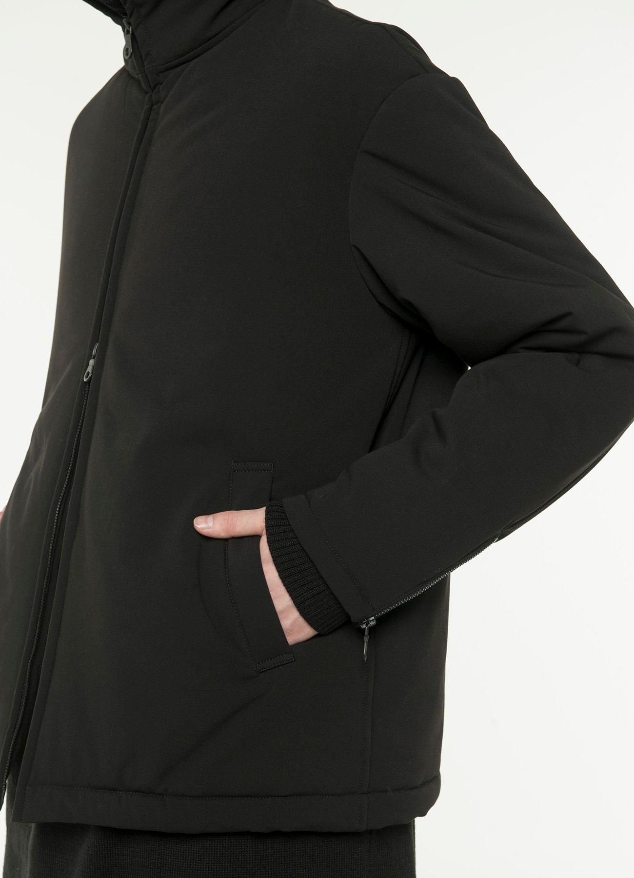 Pe/Rayon Gabardine Stretch Padding FastenerBlouson